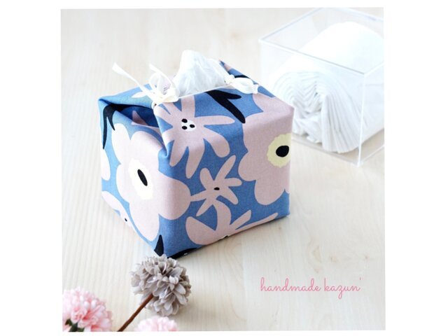 リバーシブルキューブティッシュ・容器付き(北欧調くすみピンク花柄×USA生地リネン)の画像1枚目