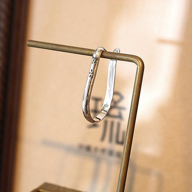 イヤーカフ甲丸ミンサー吊下式鏡面片耳 rpc-139の画像1枚目
