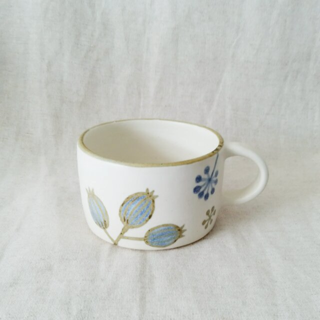 花と実のマグカップの画像1枚目