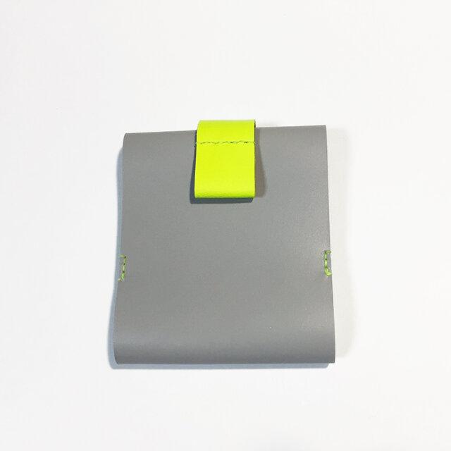 牛革のカードケース(グレー×ネオンイエロー)の画像1枚目