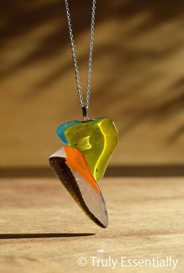 「 色のあるガラス 」●ネックレス#378 ● 【1点限定制作】の画像1枚目