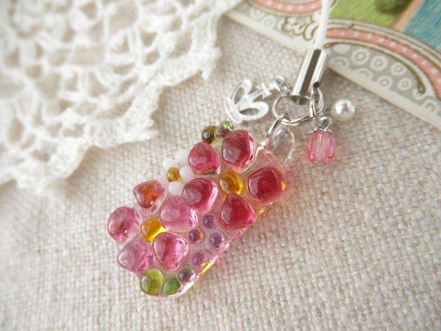 ガラスの小さなお花たち*ストラップ、フューシャ&ピンクの画像1枚目