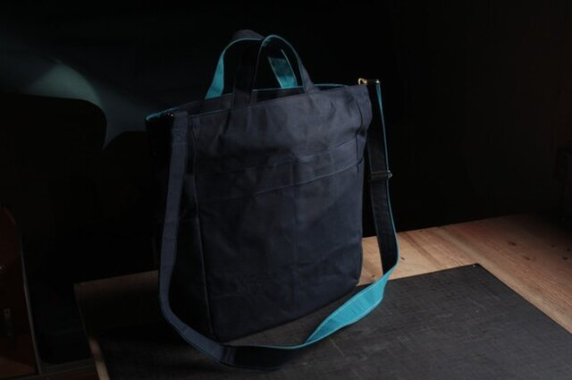 おかバッグ 2way パラフィン帆布 紺 孔雀青の画像1枚目