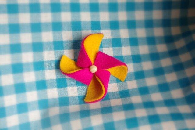 かざぐるまブローチ pink X orangeの画像1枚目