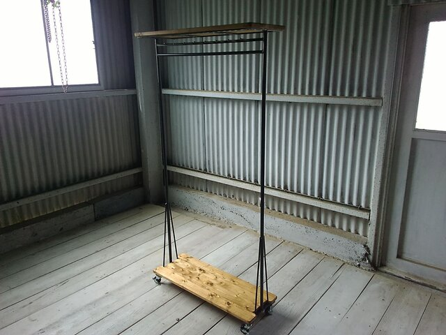 【展示作品】ハンガーラック L(yamapon15 様仕様)の画像1枚目