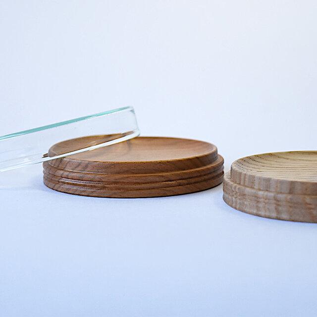 木とガラスのアクセサリー置きの画像1枚目