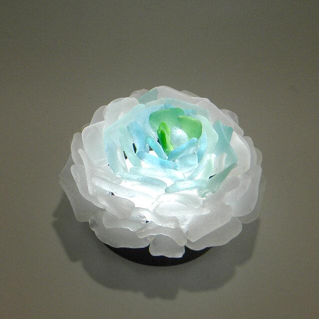 シーグラス 花びらのテーブルランプ-2の画像1枚目