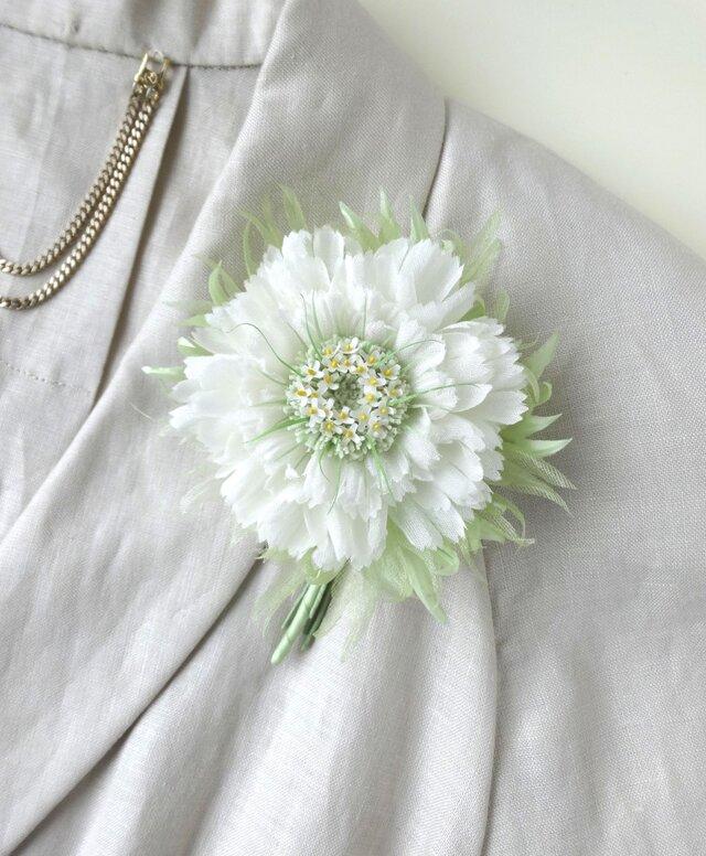 小花を蓄えたガーベラ * シルクデシン製 * コサージュの画像1枚目