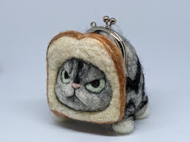 gamaneko※再出品食パンの画像1枚目