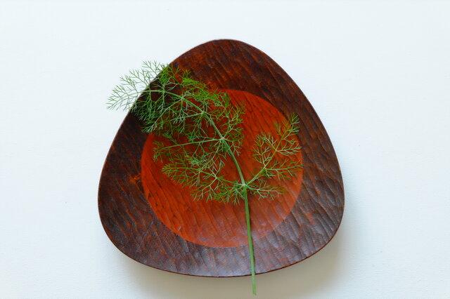胡桃のおむすび皿(221*221) 0528Aの画像1枚目
