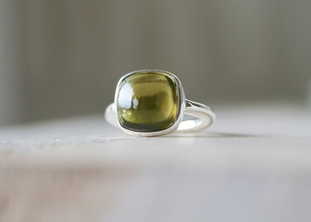 夏摘みオリーブのペリドット ringの画像1枚目