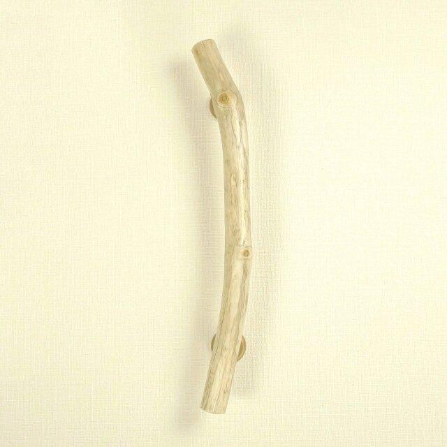 【温泉流木】木の節に見守られる淡色流木のドアハンドル・手すり・ドア取っ手 流木インテリアの画像1枚目