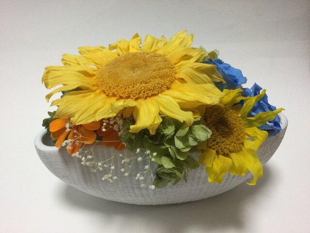 向日葵とバラのアレンジの画像1枚目