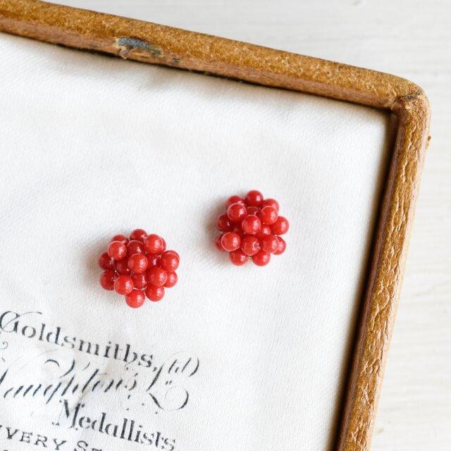 木苺 ベリー 赤珊瑚/ピアスの画像1枚目