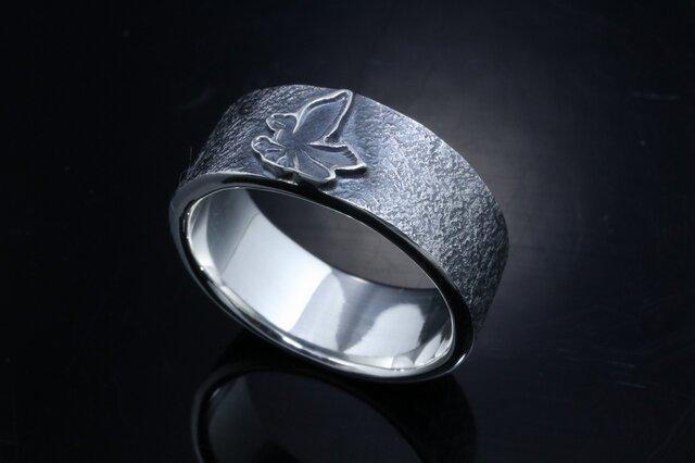 指輪 メンズ : 八咫烏 平打ち リング 燻し仕上げ シルバーリング 神話 12~27号の画像1枚目