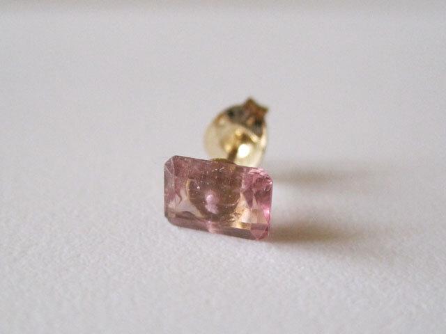 ピンクトルマリンのルースピアス 14kgf 片耳の画像1枚目