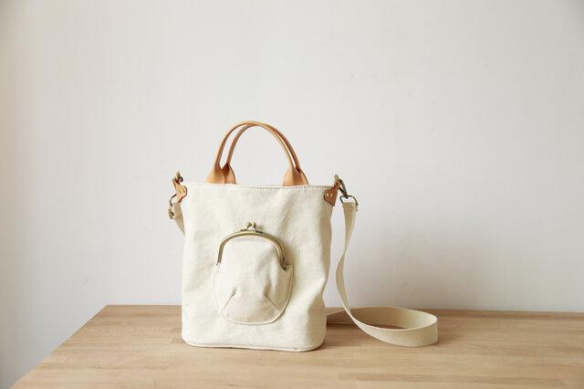 「帆布×革の組み合わせ」手作りの2wayトートバッグショルダーバッグの画像1枚目