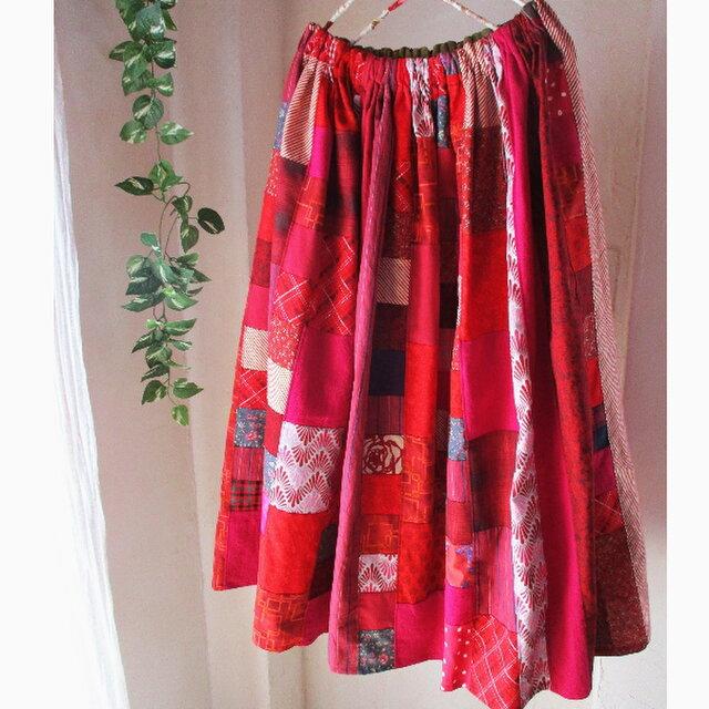絵画なパッチワーク dark red ふんわりギャザースカート ロングマキシ丈 ウエストゴムの画像1枚目