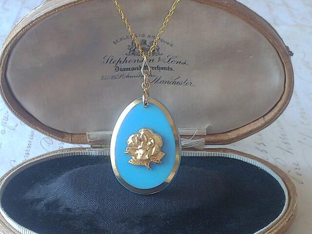 ヴィンテージ opaque水色・薔薇/Gold  14kgfネックレス(50㎝) ¥の画像1枚目