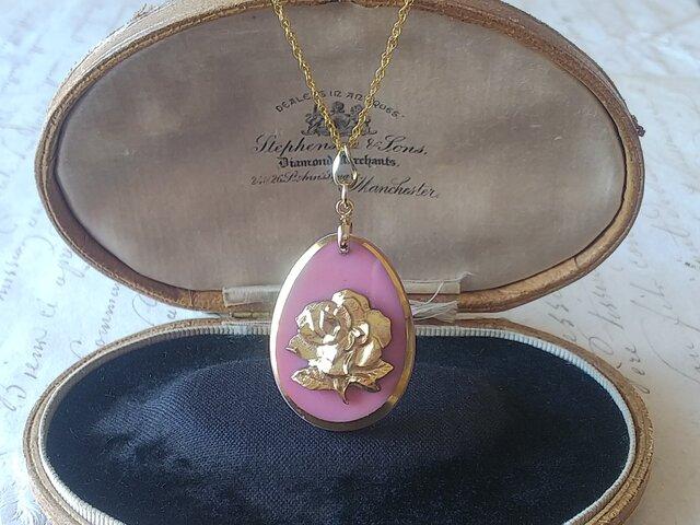 ヴィンテージ opaqueピンク・薔薇/Gold  14kgfネックレス(50㎝)の画像1枚目