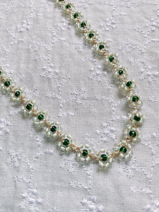 シルクタッチのポリエステル糸で編んだネックレスの画像1枚目