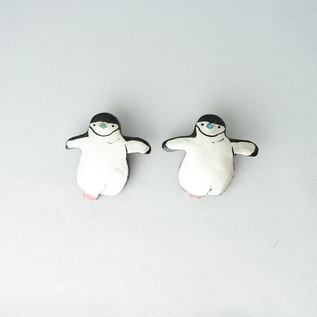 ヒゲペンギン 漆ブローチの画像1枚目