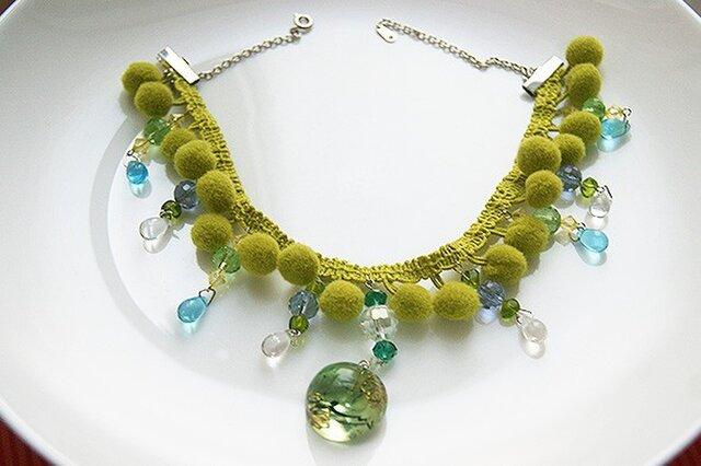 ボンボンブレードネックレス緑の画像1枚目