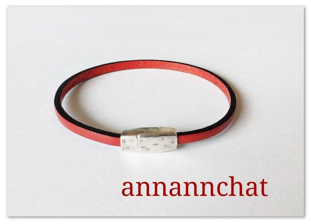 【ヨーロッパ製 赤 レッド 3mm 細い ブレスレット】の画像1枚目