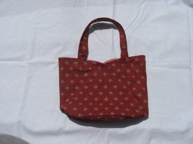 チューリップ型のバッグ 赤 の画像1枚目