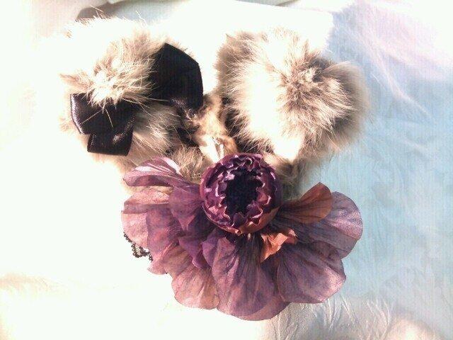 うさ耳とコサージュのヘッドドレスの画像1枚目
