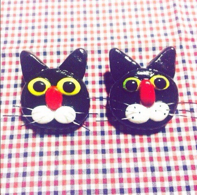 黒猫のブローチの画像1枚目