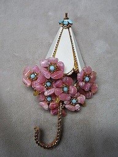 天然石 花(花傘)シリーズ ブローチの画像1枚目