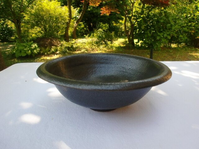黒マット釉 丸鉢の画像1枚目