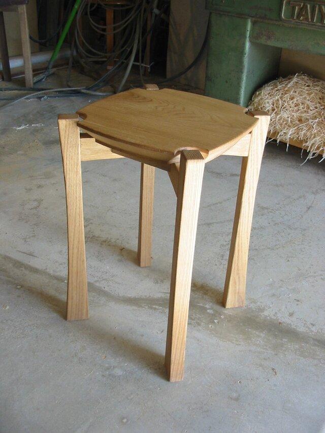 木製スツールの画像1枚目