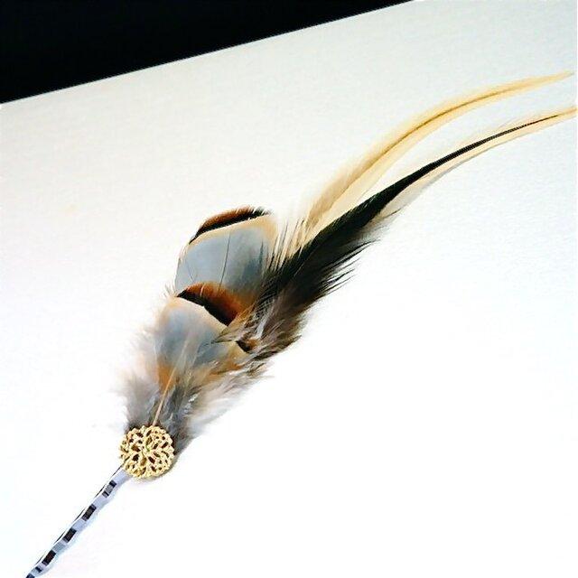 羽のヘアピン/ブラウンの画像1枚目
