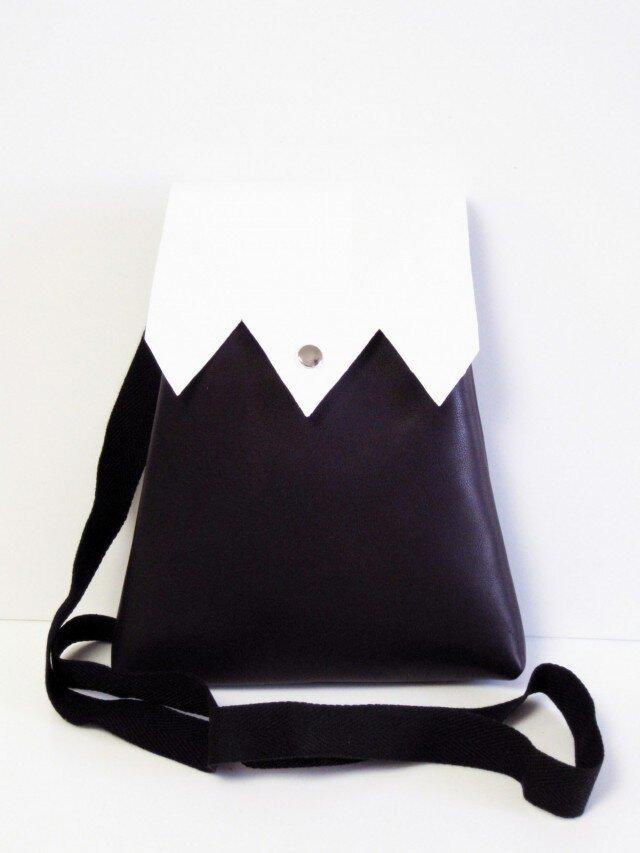 手縫い 紫富士山型ポシェットの画像1枚目