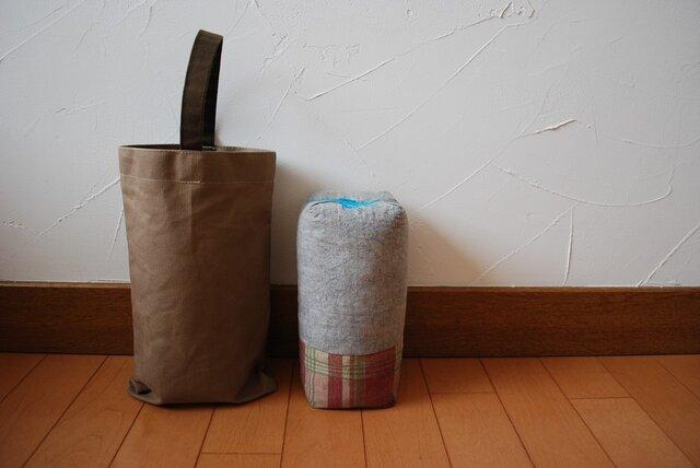 【チョイ寝枕+ハンプ鞄】4の画像1枚目