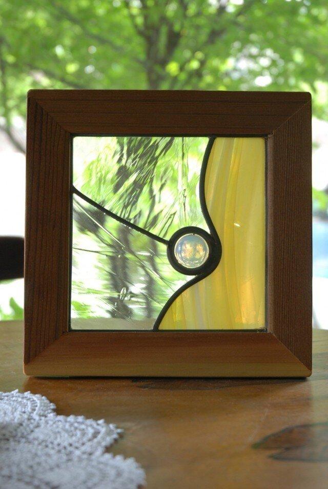 ステンドグラスのパネルの画像1枚目