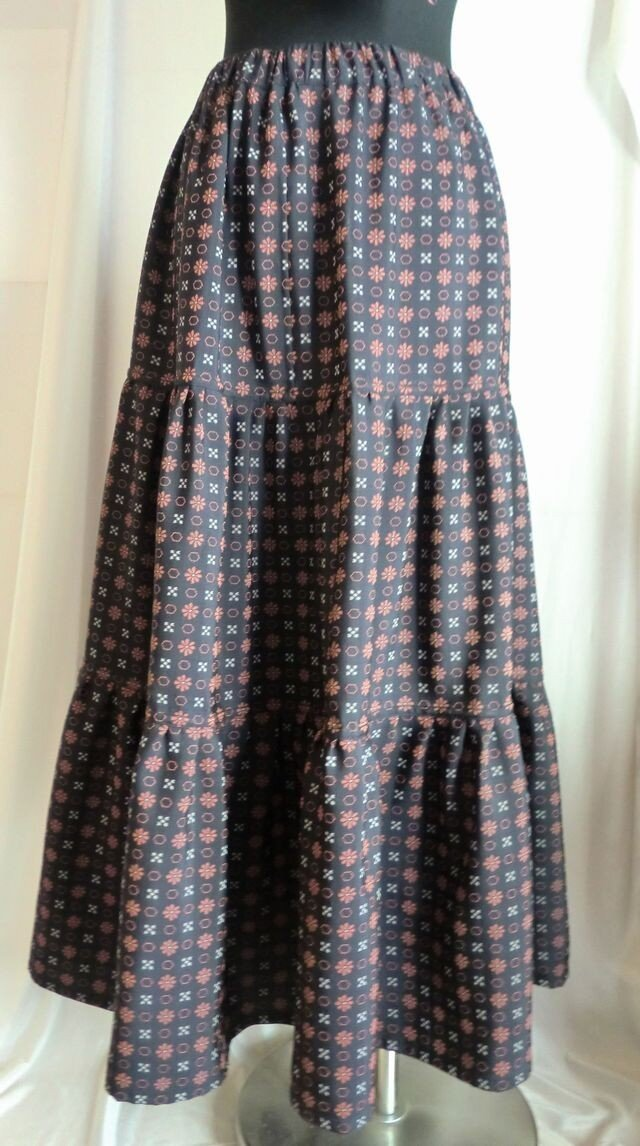 着物リメイク ティアードスカート   1356の画像1枚目