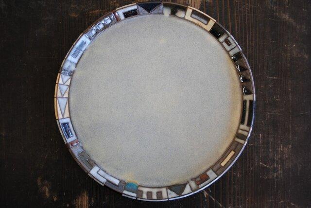 幾何学文様皿(8寸)の画像1枚目