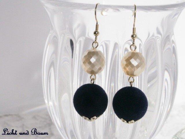 Winter pierced earrings...ネイビーの画像1枚目