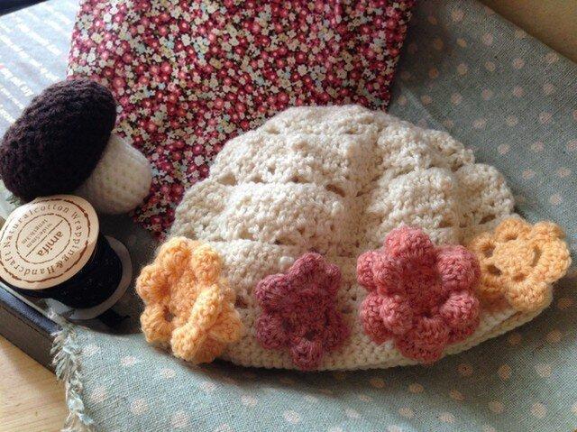 ベビー♪お花のニット帽子の画像1枚目