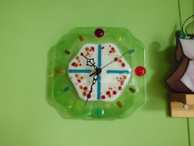フュージングガラスの掛け時計の画像1枚目