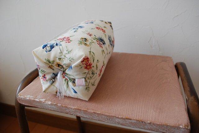ちょい寝枕『flower』の画像1枚目