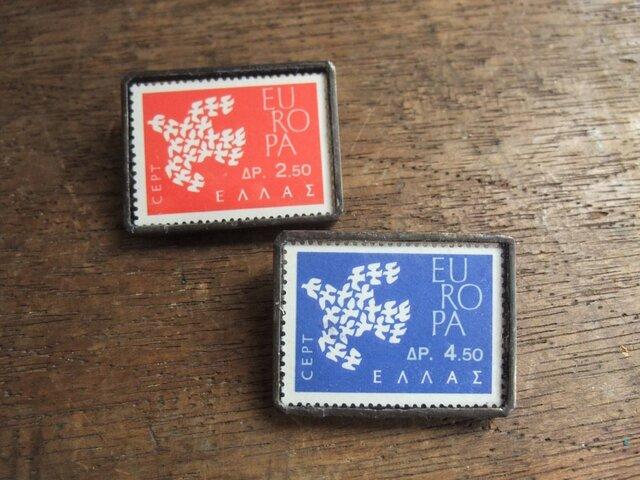 ヴィンテージ切手のブローチ - ギリシャ1961年鳥 青の画像1枚目
