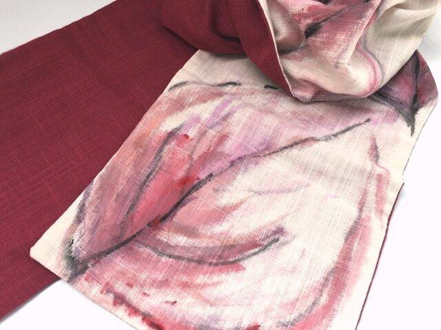 ガーゼストール手描き柄・赤の葉の画像1枚目