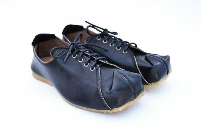 『tote sneakers』black smooth leatherの画像1枚目