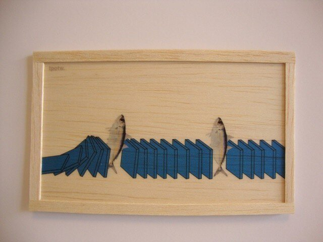 Fish and dominoの画像1枚目