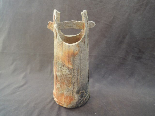 花器  [緋炎焼き締め緋色]「手桶型花器」の画像1枚目