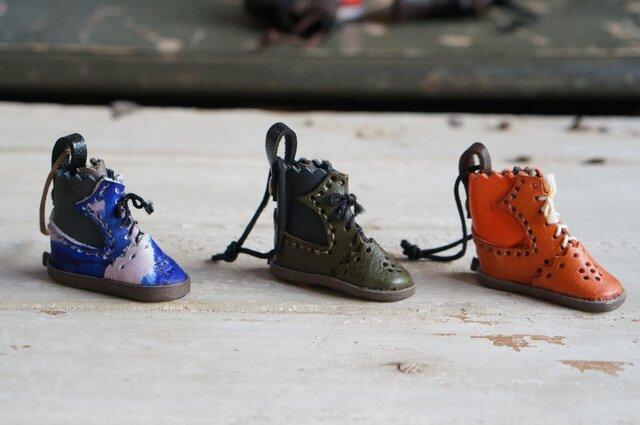 mini靴チャーム:byコビトワークスの画像1枚目